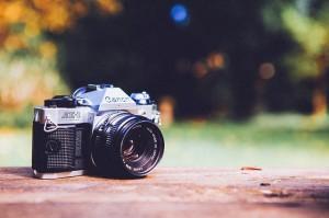 digital-camera-349873_640